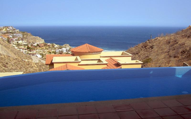 Ocean view from the pool of villa 75
