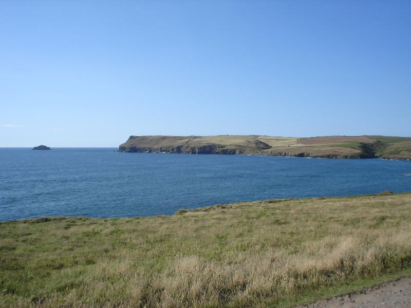 along the coastal path from Daymer to Polzeath, view of Pentire Head and Gulland Rock