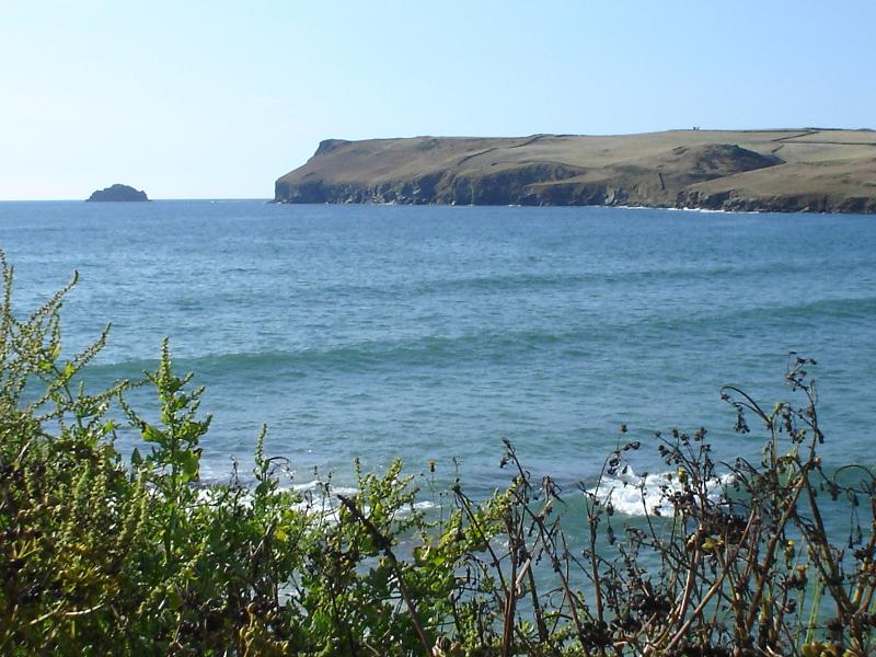 closer to Polzeath, along the coastal path, view of Pentire Head and Gulland Rock