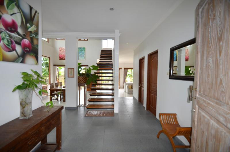 The whole villa with 3 bed rooms, large kitchen, living, guest, hobby room. seat on 700 are land.