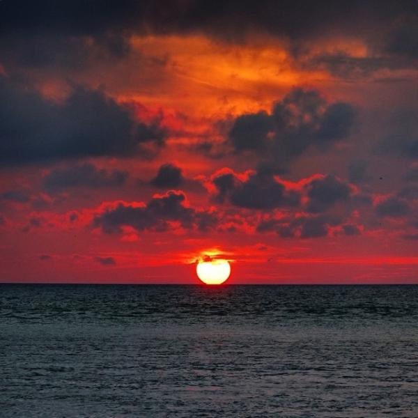 sunset siesta beach