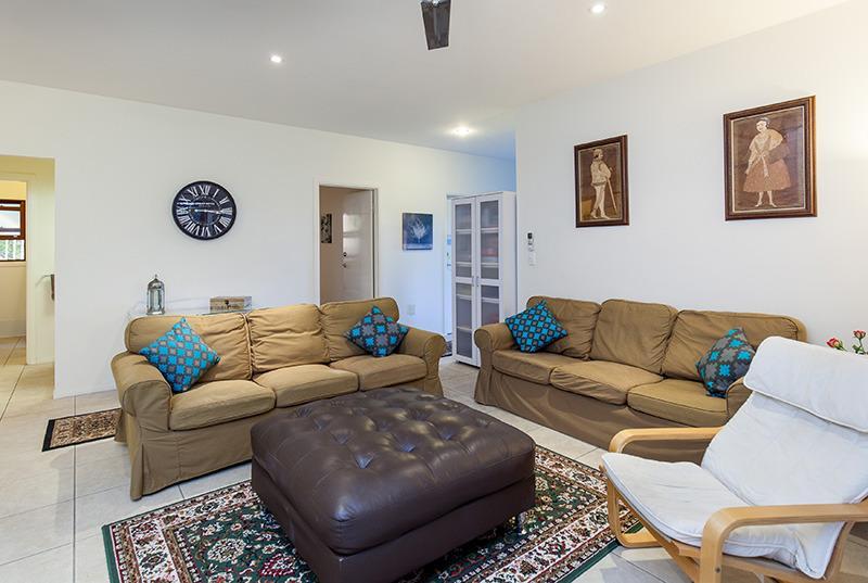 Cliff Top Villa in Vibrant Bulimba, alquiler de vacaciones en Brisbane