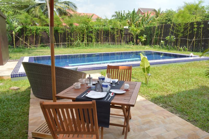 Want to visit Cambodia? Welcome you here at the Villa b.