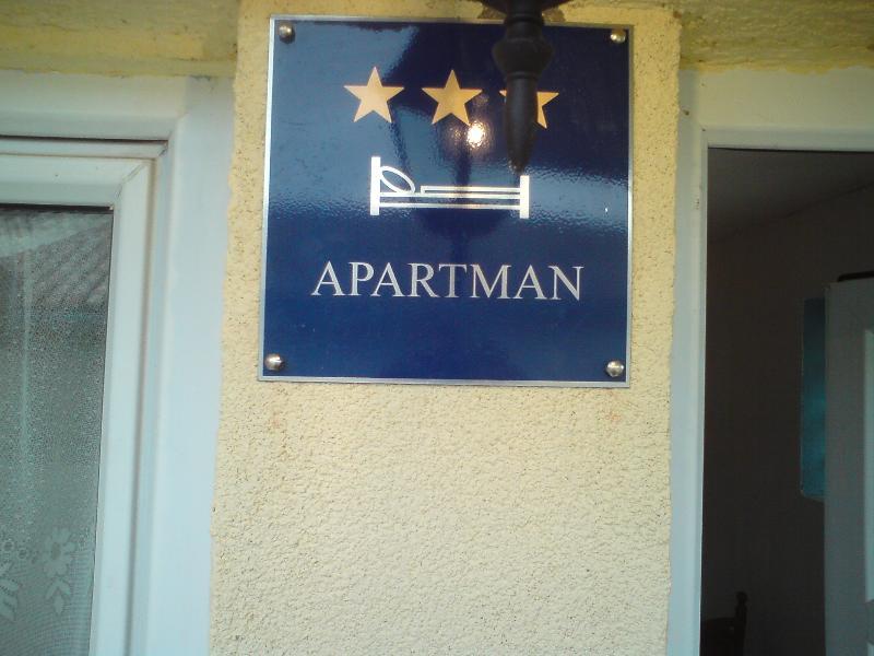 Apartment *** for rent, location de vacances à Jadranovo