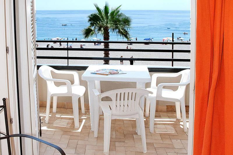 Apartment  GALATEA  Beach, vacation rental in Letojanni