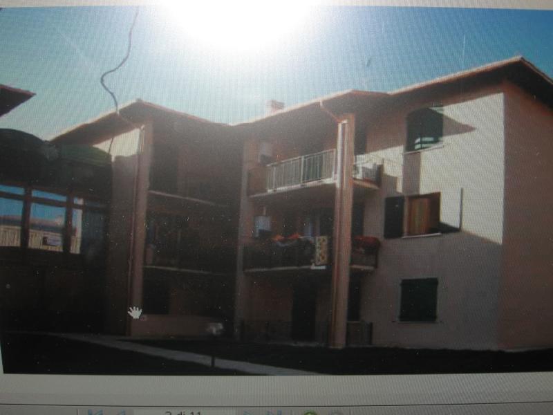 GARDALAND PESCHIERA GARDA GOLF VERONA, vacation rental in Valeggio Sul Mincio