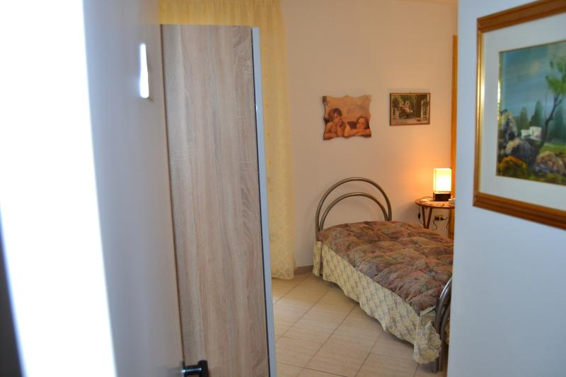 B&B Casa Giglio Camera Francesca, holiday rental in Cozzana