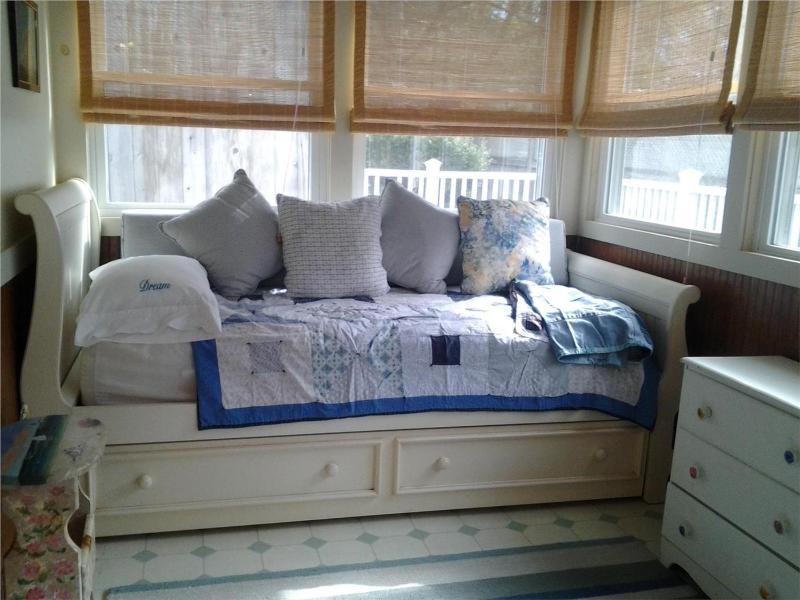 Trundle Bed in Back Porch
