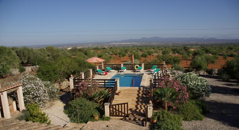 Ponset casa rural con piscina., alquiler de vacaciones en Campos