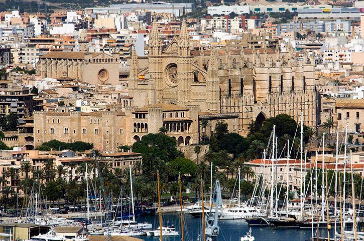 Visita a la Catedral de Palma de Mallorca