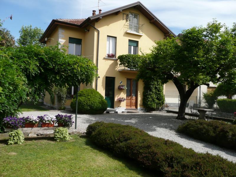 Lago di Monate -Maggiore  casa in zona tranquilla, casa vacanza a Barasso
