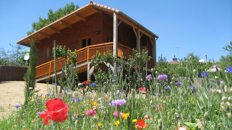 Les Mathieux, vacation rental in Olliergues