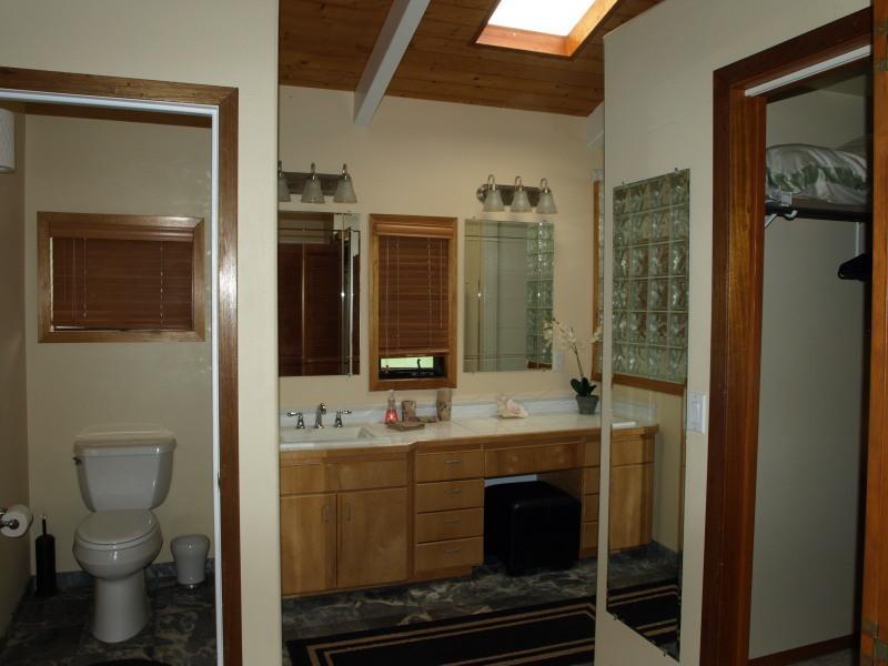 Master Bedroom Dual Bathroom