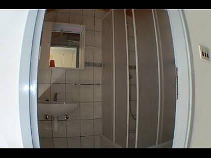 Maslina(2+1): cuarto de baño