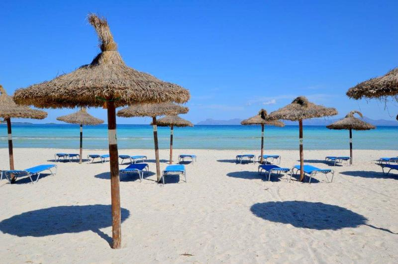 Beach Chalet in Alcudia, holiday rental in Alcudia