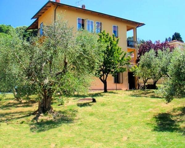 Casa con giradino, holiday rental in Lustignano