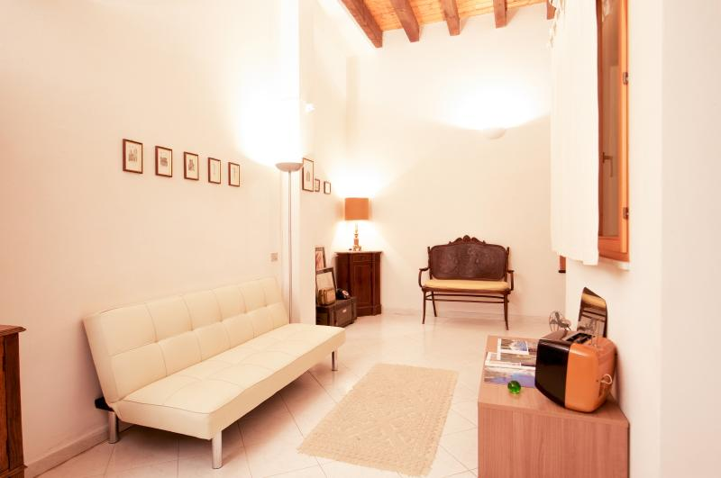 Casa Cavour in Cagliari Marina, holiday rental in Isili
