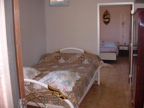 Room - 2