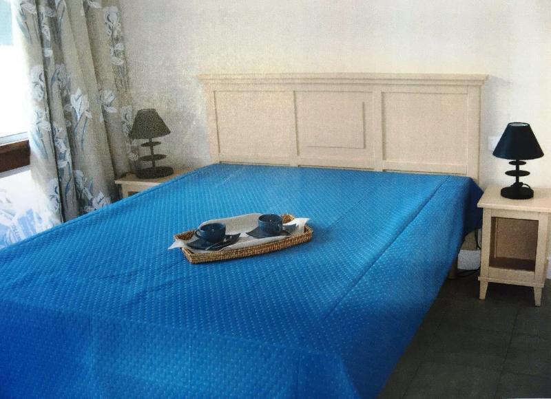 Heliotel Marine-Residence Eden Azur- Rue de Saint Huber-St Laurent du Var, holiday rental in St-Laurent du Var