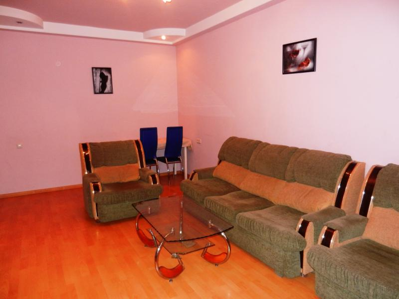 Cosy Apt. in the center / Уютная кв. в центре, holiday rental in Yerevan
