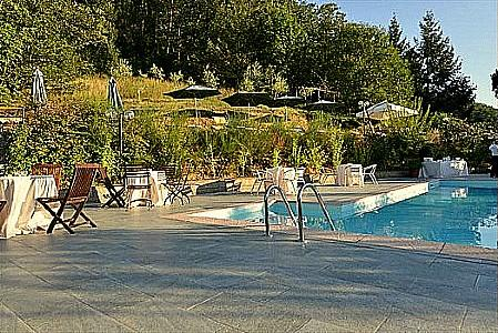 Lappato Villa Sleeps 4 with Pool and WiFi - 5229233, holiday rental in Malocchio