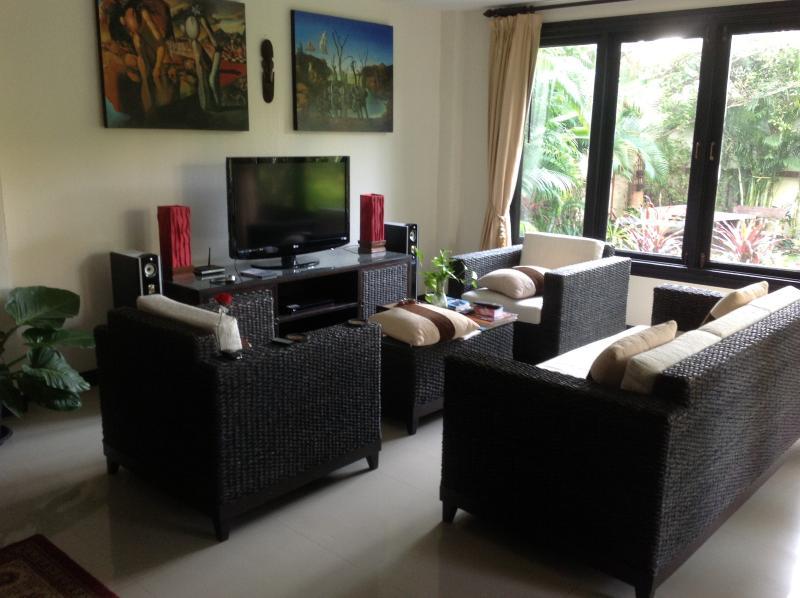 Sitting Room Area-1
