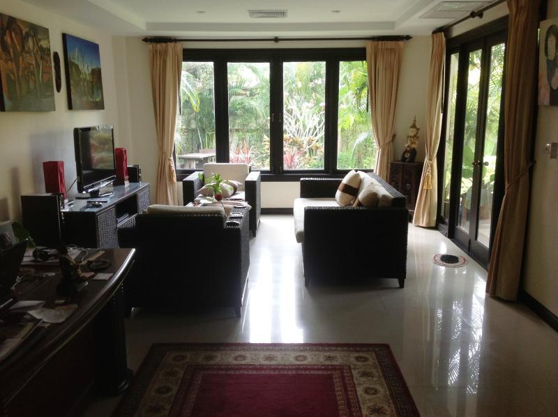 Sitting Room Area-2