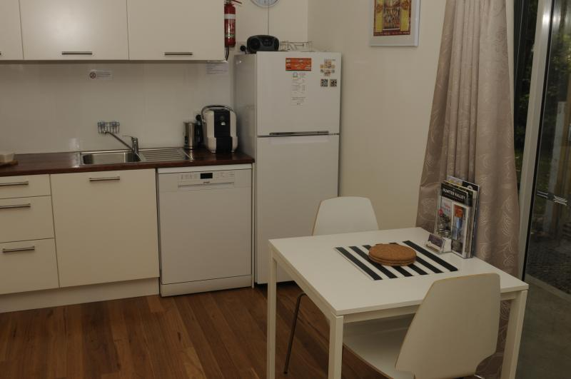 Full refrigerator and freezer and dining table for 2 or 4