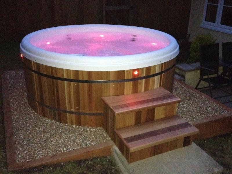 Retreat Hot Tub, use it year round, light function, robes, slippers provided,