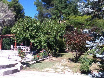 Maison provencale de charme, entre mer et montagne, location de vacances à Pierrevert