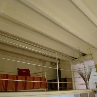 Third bedroom on a large mezzanine, (2 single beds); chambre sur mezzanine (2 lits 1 pers.)