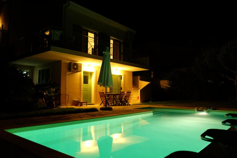 SWIMMING POOL BY NGHT