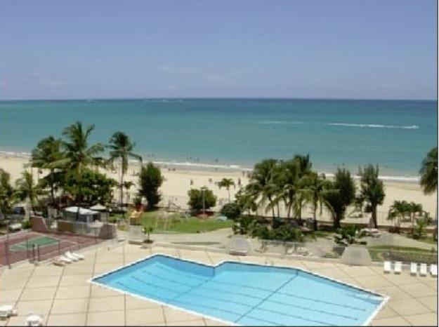 Coral Beach Condos, holiday rental in Isla Verde