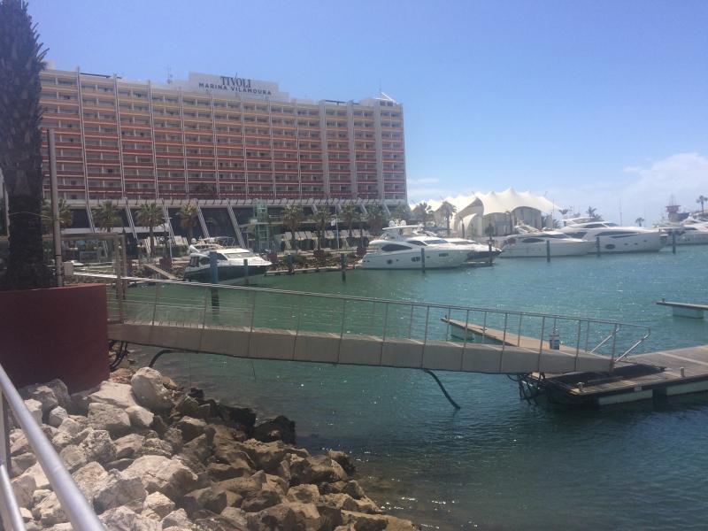 Hire a car and visit Vilamoura Marina !