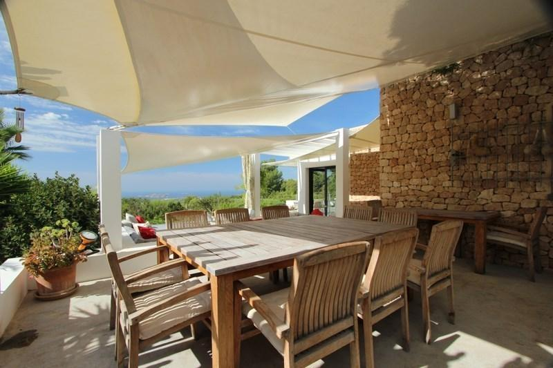 San Jose Villa Sleeps 12 with Pool and Air Con - 5686812, location de vacances à Port d'es Torrent
