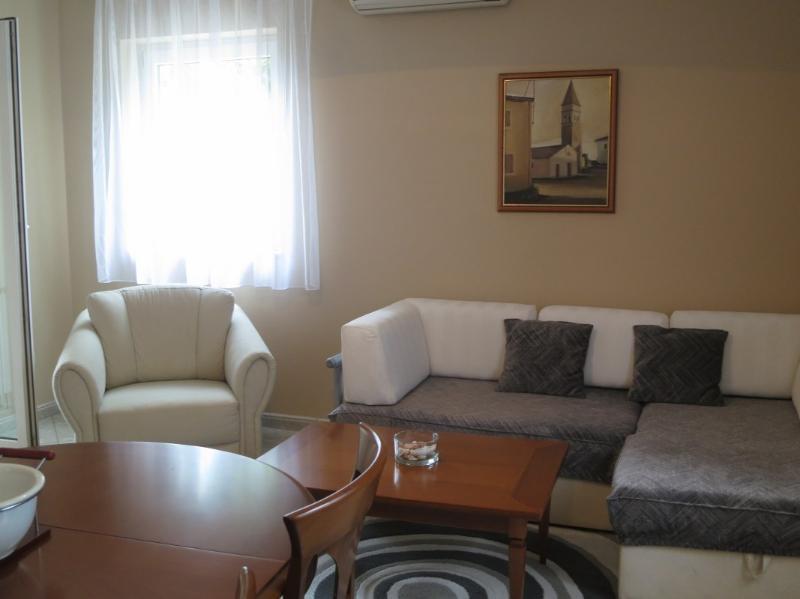 Sala de estar-Apartamento Tempera Malinska isla de Krk