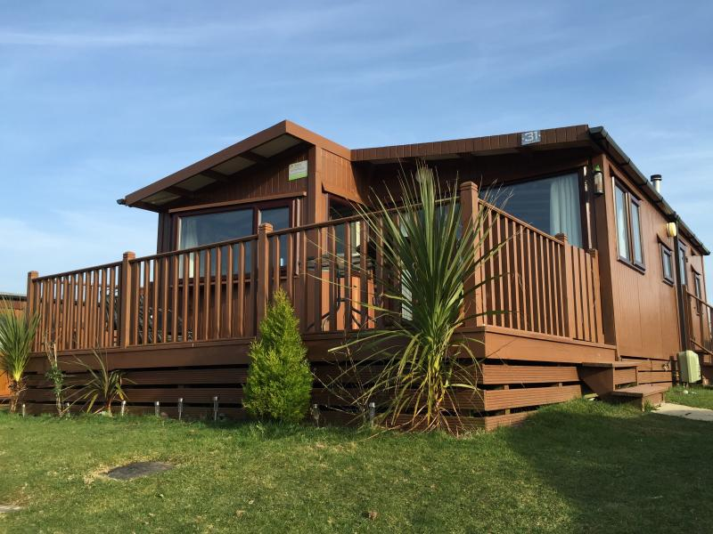 31 Forest Lodge, Hafan Y Mor (Haven) Pwllheli, holiday rental in Dolbenmaen