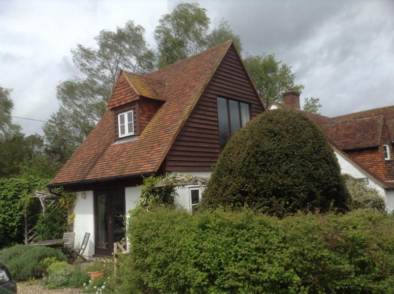 Derbies Cottage, holiday rental in Halling