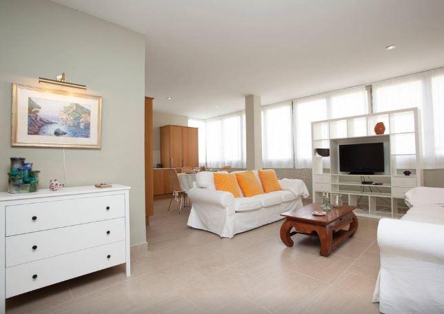 Apartamento Playa WI-FI, holiday rental in Colonia de Sant Jordi