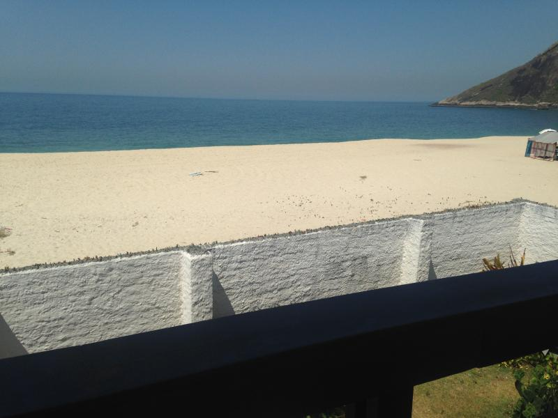 The property is unusual to have walled gardens right on the ocean - now with gate onto beach