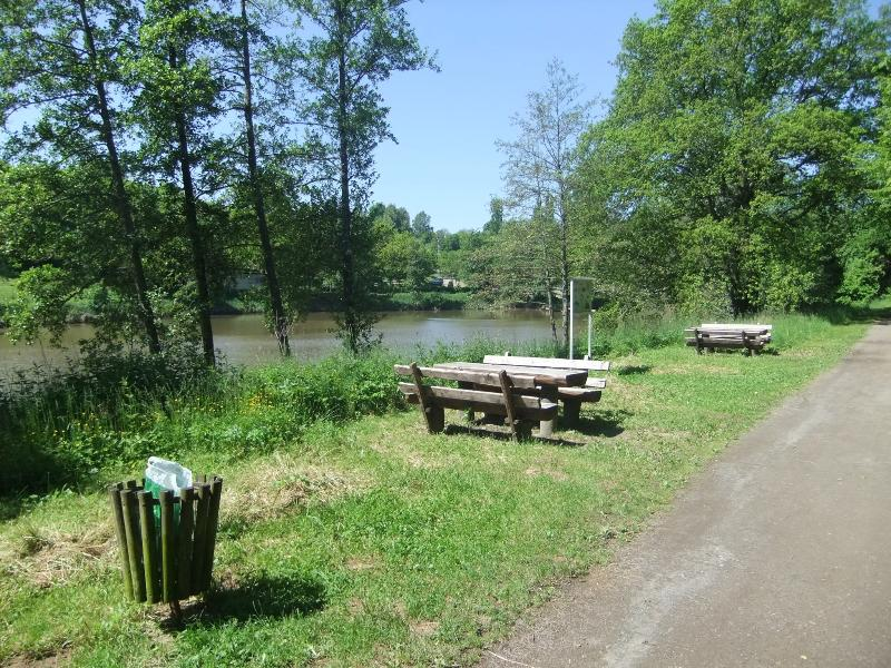 Ohm Lake (lake)