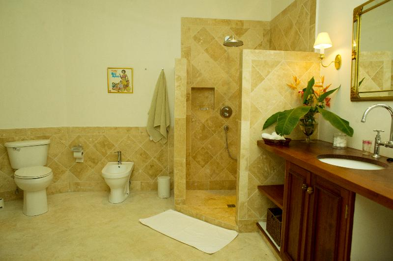 The shower bathroom for Bedroom 2, with WC, bidet and shower