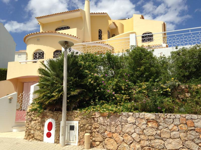 Villa Castle Mor Ld To See the Sea ,  heated pool , hot tub ,games room ,central.