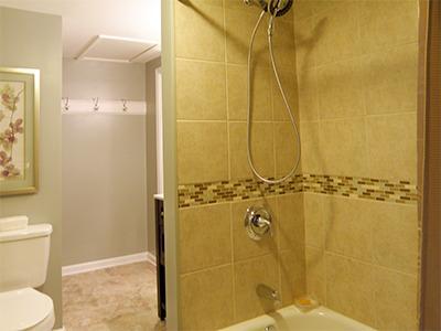 Tile Tub/Shower