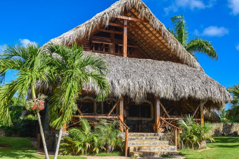 Chalet 4, la plus grande villa en Chalet Tropical Village