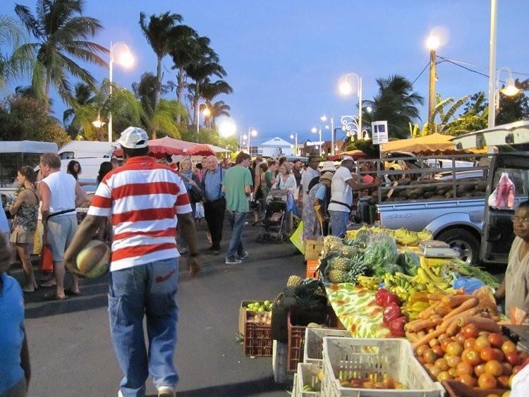 marché noctune de Saint François