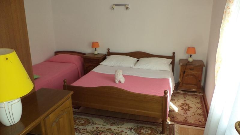 Apartment Lori, holiday rental in Valbandon