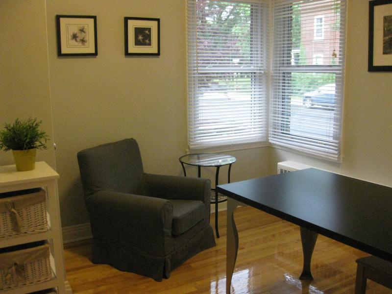 Petit espace de travail / Little office space