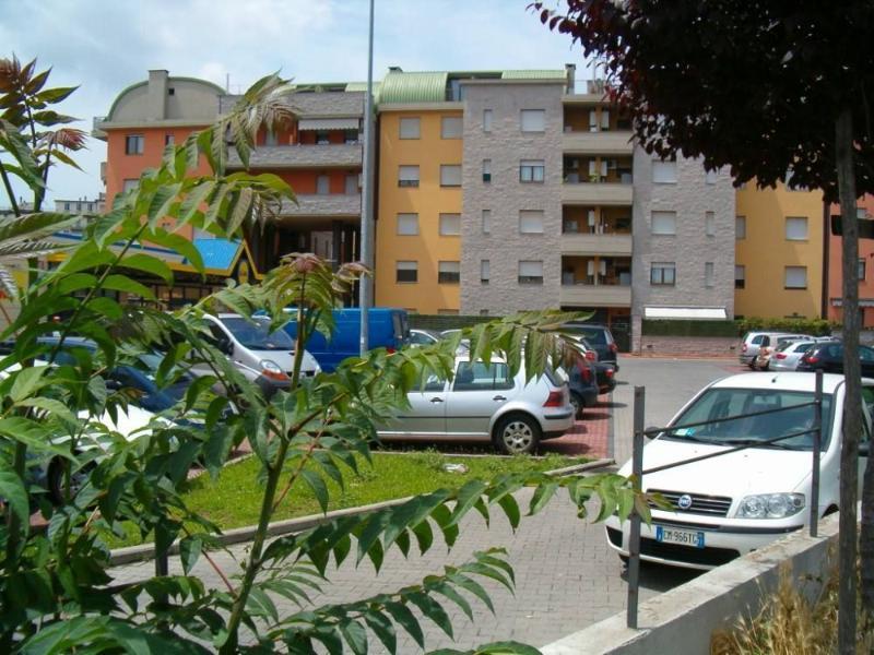APPARTAMENTO FIRENZE - WIFI INTERNET- GARAGE - 5 MINUTI CENTRO STORICO, casa vacanza a Vitolini