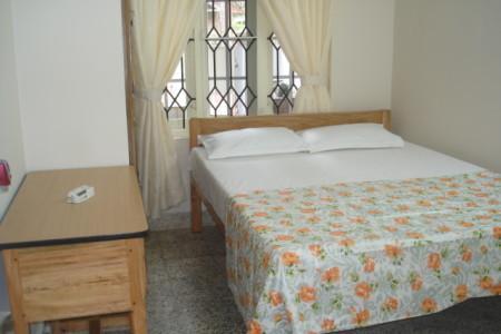 Ground floor two bedroom apartment queen size bed
